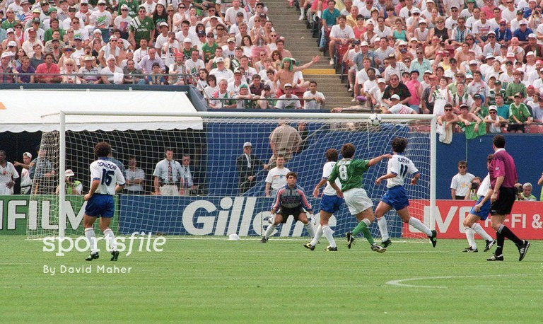 18 June 1994; Republic of Ireland's Ray Houghton shoots to score his side's first goal. 1994 World Cup, Pool E, Republic of Ireland v Italy, The Giants Stadium, New Jersey, USA. Picture credit: David Maher / SPORTSFILE