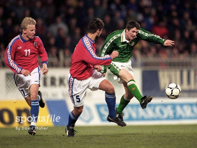 25 March 1998; Republic of Ireland's Robbie Keane in action during his International debut. Czech Republic v Republic of Ireland, Sigma, Stadium, Olomouc, Czech Republic. Picture credit: David Maher / SPORTSFILE