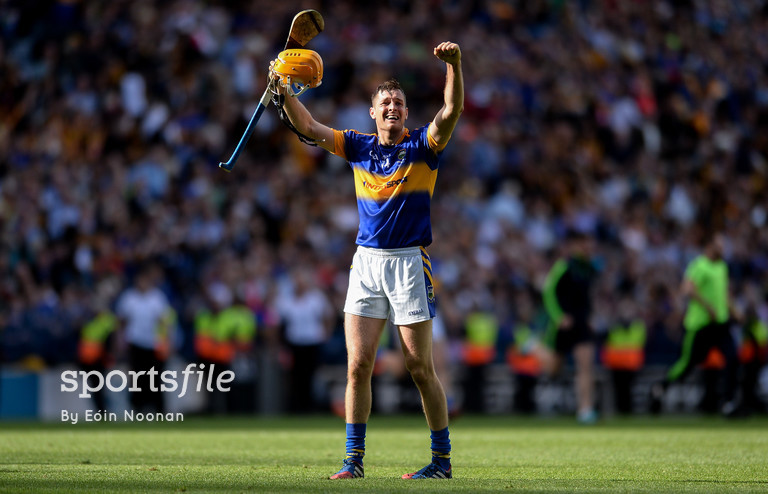 4 September 2016; Séamus Callanan of Tipperary celebrates at the final whistle during the GAA Hurling All-Ireland Senior Championship Final match between Kilkenny and Tipperary at Croke Park in Dublin. Photo by Eóin Noonan/Sportsfile