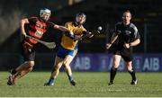5 November 2017; Niall Gilligan of Sixmilebridge in action against Shane Walsh of Ballygunner as referee Johnny Murphy looks on during the AIB Munster GAA Hurling Senior Club Championship Semi-Final match between Ballygunner and Sixmilebridge at Walsh Park in Waterford. Photo by Piaras Ó Mídheach/Sportsfile