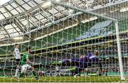 5 November 2017; Gary Rogers of Dundalk saves a shot on goal by Karl Sheppard of Cork City during the Irish Daily Mail FAI Senior Cup Final match between Cork City and Dundalk at Aviva Stadium in Dublin. Photo by Eóin Noonan/Sportsfile