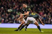 11 November 2017; Robbie Henshaw of Ireland in action against Elton Jantjies of South Africa during the Guinness Series International match between Ireland and South Africa at the Aviva Stadium in Dublin. Photo by Brendan Moran/Sportsfile