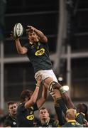 11 November 2017; Eben Etzebeth of South Africa claims the lineout during the Guinness Series International match between Ireland and South Africa at the Aviva Stadium in Dublin. Photo by Matt Browne/Sportsfile