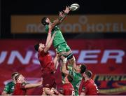 6 January 2018; John Muldoon of Connacht takes the ball in the lineout against Jean Kleyn of Munster during the Guinness PRO14 Round 13 match between Munster and Connacht at Thomond Park in Limerick. Photo by Matt Browne/Sportsfile