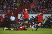 21 January 2018; Ian Keatley of Munster kicks a penalty, assisted by team mate Conor Murray, during the European Rugby Champions Cup Pool 4 Round 6 match between Munster and Castres at Thomond Park in Limerick. Photo by Diarmuid Greene/Sportsfile