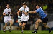 27 January 2018; Peter Kelly of Kildare, supported by Niall Kelly, in action against David Byrne of Dublin during the Allianz Football League Division 1 Round 1 match between Dublin and Kildare at Croke Park in Dublin. Photo by Piaras Ó Mídheach/Sportsfile