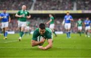 10 February 2018; Conor Murray of Ireland scores his side's second try during the Six Nations Rugby Championship match between Ireland and Italy at the Aviva Stadium in Dublin.Photo by Brendan Moran/Sportsfile