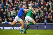 10 February 2018; Robbie Henshaw of Ireland is tackled by Tommaso Benvenuti of Italy on his way to scoring his side's fifth try during the Six Nations Rugby Championship match between Ireland and Italy at the Aviva Stadium in Dublin.