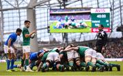 10 February 2018; Conor Murray of Ireland prepares to put the ball in for a scrum during the Six Nations Rugby Championship match between Ireland and Italy at the Aviva Stadium in Dublin. Photo by David Fitzgerald/Sportsfile