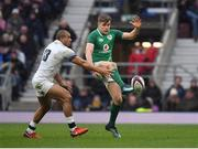 17 March 2018; Garry Ringrose of Ireland in action against Jonathan Joseph of England during the NatWest Six Nations Rugby Championship match between England and Ireland at Twickenham Stadium in London, England. Photo by Brendan Moran/Sportsfile