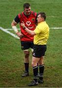 31 March 2018; Peter O'Mahony of Munster speaks to referee Nigel Owens before he subsequently awarded a try for Munster during the European Rugby Champions Cup quarter-final match between Munster and RC Toulon at Thomond Park in Limerick. Photo by Ray McManus/Sportsfile