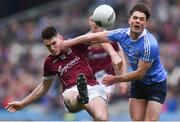 1 April 2018; Barry McHugh of Galway in action against Eric Lowndes of Dublin during the Allianz Football League Division 1 Final match between Dublin and Galway at Croke Park in Dublin. Photo by Piaras Ó Mídheach/Sportsfile