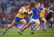 1 April 2018; Enda Smith of Roscommon and Killian Clarke of Cavan during the Allianz Football League Division 2 Final match between Cavan and Roscommon at Croke Park in Dublin. Photo by Stephen McCarthy/Sportsfile