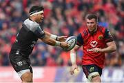 31 March 2018; Raphael Lakafia of RC Toulon in action against Peter O'Mahony of Munster during the European Rugby Champions Cup quarter-final match between Munster and Toulon at Thomond Park in Limerick. Photo by Brendan Moran/Sportsfile