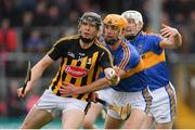 8 April 2018; Walter Walsh of Kilkenny in action against Barry Heffernan and Michael Cahill, right, of Tipperary during the Allianz Hurling League Division 1 Final match between Kilkenny and Tipperary at Nowlan Park in Kilkenny. Photo by Piaras Ó Mídheach/Sportsfile