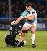 13 April 2018; Peter Robb of Connacht is tackled by Pete Horne of Glasgow Warriors during the Guinness PRO14 Round 20 match between Glasgow Warriors and Connacht at Scotstown Stadium in Glasgow, Scotland. Photo by Paul Devlin/Sportsfile