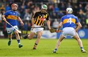 8 April 2018; Paddy Deegan of Kilkenny in action against Willie Connors, left, and Michael Cahill of Tipperary during the Allianz Hurling League Division 1 Final match between Kilkenny and Tipperary at Nowlan Park in Kilkenny. Photo by Piaras Ó Mídheach/Sportsfile