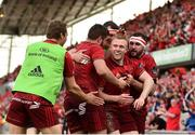 5 May 2018; Keith Earls of Munster is congratulated by teammates after scoring his sides second try during the Guinness PRO14 semi-final play-off match between Munster and Edinburgh at Thomond Park in Limerick. Photo by Sam Barnes/Sportsfile