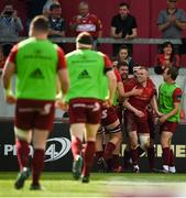 5 May 2018; Keith Earls of Munster is congratulated by team mates after scoring his side's second try during the Guinness PRO14 semi-final play-off match between Munster and Edinburgh at Thomond Park in Limerick. Photo by David Fitzgerald/Sportsfile