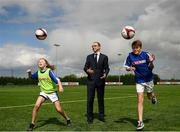 10 May 2018; Republic of Ireland manager, Martin O'Neill pictured with Elle Muprhy, age 12, from Scoil Cholmcille, Skryne, Meath and Charlie Bacon, age 12, Bunscoil Réalt na Mara at the SPAR FAI Primary Schools 5s Programme Leinster Finals in the MDL Grounds, Navan, Co. Meath.  The six finalists will progress to the SPAR FAI Primary School 5s Programme National Finals in Aviva Stadium on May 30th. For further information please see www.SPAR.ie or www.FAIschools.ie Photo by Eóin Noonan/Sportsfile