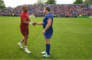 19 May 2018; Simon Zebo of Munster shakes hands with Sean Cronin of Leinster following the Guinness PRO14 semi-final match between Leinster and Munster at the RDS Arena in Dublin. Photo by Ramsey Cardy/Sportsfile
