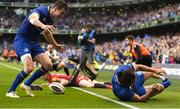 26 May 2018; Jonathan Sexton of Leinster congratulates James Lowe, right, after he scored their second try during the Guinness PRO14 Final between Leinster and Scarlets at the Aviva Stadium in Dublin. Photo by Ramsey Cardy/Sportsfile