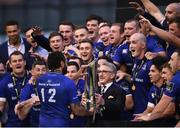 26 May 2018; Gerald Davis hands over the trophy to Leinster captain Isa Nacewa following the Guinness PRO14 Final between Leinster and Scarlets at the Aviva Stadium in Dublin. Photo by David Fitzgerald/Sportsfile