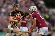 27 May 2018; Walter Walsh of Kilkenny in action against Gearóid McInerney of Galway during the Leinster GAA Hurling Senior Championship Round 3 match between Galway and Kilkenny at Pearse Stadium in Galway. Photo by Piaras Ó Mídheach/Sportsfile