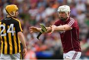 27 May 2018; Joe Canning of Galway indicates to officals that Bill Sheehan of Kilkenny dropped his hurley in the build up to Walter Walsh's goal, and the goal was disallowed by referee Fergal Horgan, in the second half during the Leinster GAA Hurling Senior Championship Round 3 match between Galway and Kilkenny at Pearse Stadium in Galway. Photo by Piaras Ó Mídheach/Sportsfile