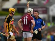 27 May 2018; Referee Fergal Horgan shows the yellow card to Joe Canning of Galway during the Leinster GAA Hurling Senior Championship Round 3 match between Galway and Kilkenny at Pearse Stadium in Galway. Photo by Piaras Ó Mídheach/Sportsfile