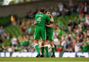 2 June 2018; John O'Shea of Republic of Ireland embraces Seamus Coleman before being substituted during the International Friendly match between Republic of Ireland and the United States at the Aviva Stadium in Dublin. Photo by Eóin Noonan/Sportsfile