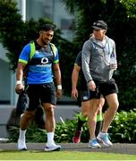 7 June 2018; Bundee Aki with new Connacht coach Andy Friend, right, during Ireland rugby squad training at Royal Pines Resort in Queensland, Australia. Photo by Brendan Moran/Sportsfile