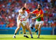 10 June 2018; Graham Brody of Laois in action against Darragh Foley, left, and Brendan Kavanagh of Carlow during the Leinster GAA Football Senior Championship Semi-Final match between Carlow and Laois at Croke Park in Dublin. Photo by Stephen McCarthy/Sportsfile