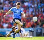 10 June 2018; Con O'Callaghan of Dublin evades Daniel Mimnagh of Longford after kicking an early point during the Leinster GAA Football Senior Championship Semi-Final match between Dublin and Longford at Croke Park in Dublin. Photo by Stephen McCarthy/Sportsfile
