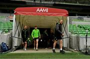 15 June 2018; Head coach Joe Schmidt, followed by strength & conditioning coach Jason Cowman, left, and Garry Ringrose make their way out for the Ireland rugby squad captain's run in AMMI Park in Melbourne, Australia. Photo by Brendan Moran/Sportsfile
