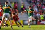 23 June 2018; Paul Geaney of Kerry scores his side's second goal despite the attention of Jamie O'Sullivan of Cork during the Munster GAA Football Senior Championship Final match between Cork and Kerry at Páirc Ui Chaoimh in Cork. Photo by Eóin Noonan/Sportsfile