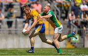24 June 2018; Pearse Lillis of Clare in action against Niall Darby of Offaly during the GAA Football All-Ireland Senior Championship Round 2 match between Offaly and Clare at Bord Na Mona O'Connor Park in Tullamore, Offaly. Photo by Harry Murphy/Sportsfile