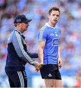 24 June 2018; Dublin manager Jim Gavin shakes hands with Dean Rock during the closing stages of the Leinster GAA Football Senior Championship Final match between Dublin and Laois at Croke Park in Dublin. Photo by Stephen McCarthy/Sportsfile