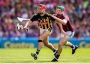 1 July 2018; Cillian Buckley of Kilkenny in action against Cathal Mannion of Galway during the Leinster GAA Hurling Senior Championship Final match between Kilkenny and Galway at Croke Park in Dublin. Photo by Stephen McCarthy/Sportsfile