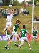7 July 2018; Fionn Dowling of Kildare wins a kick-out during the GAA Football All-Ireland Senior Championship Round 4 match between Fermanagh and Kildare at Páirc Tailteann in Navan, Co. Meath. Photo by Piaras Ó Mídheach/Sportsfile
