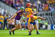 14 July 2018; John Conlon of Clare gets away from team-mate Peter Duggan and Matthew O'Hanlon of Wexford during the GAA Hurling All-Ireland Senior Championship Quarter-Final match between Clare and Wexford at Páirc Ui Chaoimh in Cork. Photo by Brendan Moran/Sportsfile