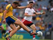 14 July 2018; Enda Smith of Roscommon kicks a goal, in the 39th minute, during the GAA Football All-Ireland Senior Championship Quarter-Final Group 2 Phase 1 match between Tyrone and Roscommon at Croke Park in Dublin. Photo by Ray McManus/Sportsfile