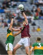 15 July 2018; Thomas Flynn of Galway gathers possession ahead of Jack Barry and Peter Crowley, right, of Kerry during the GAA Football All-Ireland Senior Championship Quarter-Final Group 1 Phase 1 match between Kerry and Galway at Croke Park, Dublin. Photo by Piaras Ó Mídheach/Sportsfile
