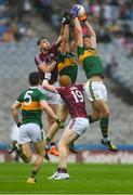 15 July 2018; David Moran of Kerry gathers possession ahead of team-mate Jack Barry and Thomas Flynn of Galway during the GAA Football All-Ireland Senior Championship Quarter-Final Group 1 Phase 1 match between Kerry and Galway at Croke Park, Dublin. Photo by Piaras Ó Mídheach/Sportsfile