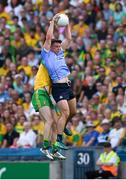 14 July 2018; Brian Howard of Dublin wins possession at midfield ahead of Eoghan Bán Gallagher of Donegal during the GAA Football All-Ireland Senior Championship Quarter-Final Group 2 Phase 1 match between Dublin and Donegal at Croke Park in Dublin.  Photo by Ray McManus/Sportsfile