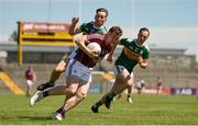 21 July 2018; Pádraic Cunningham of Galway in action against Dan O'Donoghue of Kerry during the GAA Football All-Ireland Junior Championship Final match between Kerry and Galway at Cusack Park in Ennis, Co. Clare. Photo by Diarmuid Greene/Sportsfile
