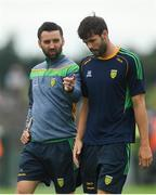 21 July 2018; Donegal defence coach Karl Lacey, left, in conversation with Odhrán Mac Niallais ahead of the GAA Football All-Ireland Senior Championship Quarter-Final Group 2 Phase 2 match between Roscommon and Donegal at Dr Hyde Park in Roscommon. Photo by Ramsey Cardy/Sportsfile