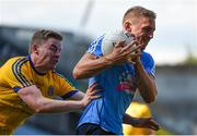 5 August 2018; Eoghan O'Gara of Dublin in action against Peter Domican of Roscommon during the GAA Football All-Ireland Senior Championship Quarter-Final Group 2 Phase 3 match between Dublin and Roscommon at Croke Park in Dublin. Photo by Piaras Ó Mídheach/Sportsfile
