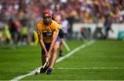 5 August 2018; Peter Duggan of Clare takes a sideline ball during the GAA Hurling All-Ireland Senior Championship semi-final replay match between Galway and Clare at Semple Stadium in Thurles, Co Tipperary. Photo by Diarmuid Greene/Sportsfile