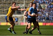 5 August 2018; Eoghan O'Gara of Dublin in action against Peter Domican, left, and Niall McInerney of Roscommon during the GAA Football All-Ireland Senior Championship Quarter-Final Group 2 Phase 3 match between Dublin and Roscommon at Croke Park in Dublin. Photo by Piaras Ó Mídheach/Sportsfile